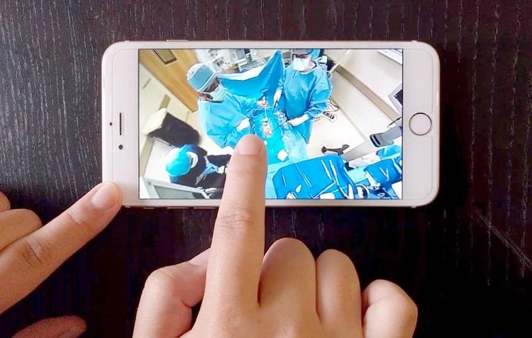 پخش زنده و آنلاین عمل جراحی یک پزشک ایرانی