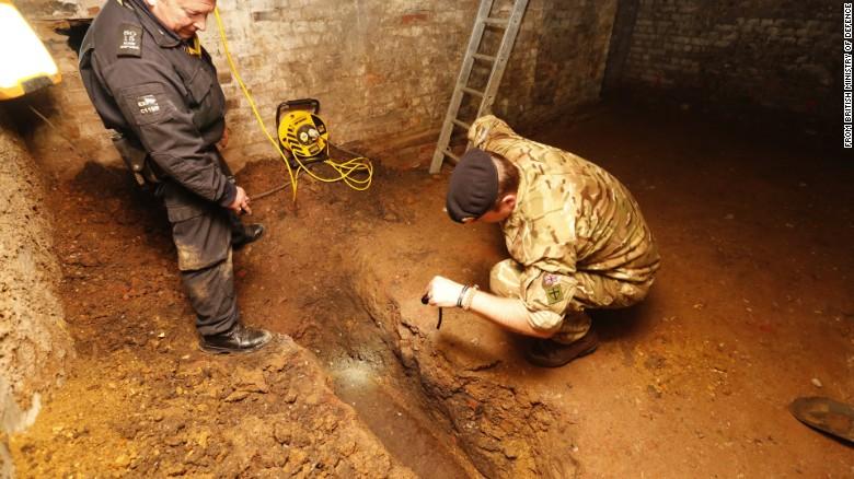 کشف بمبی منفجر نشده  در شرق لندن