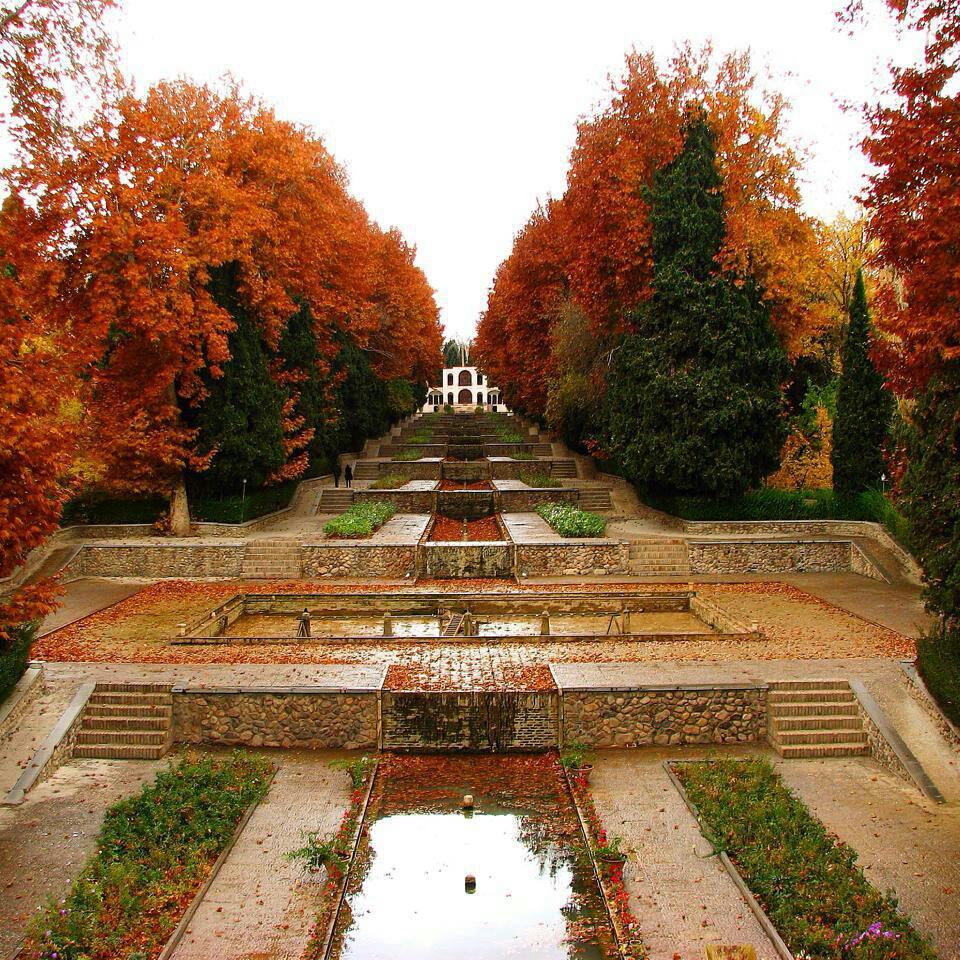 با ساختار باغهای ایرانی آشنا شوید