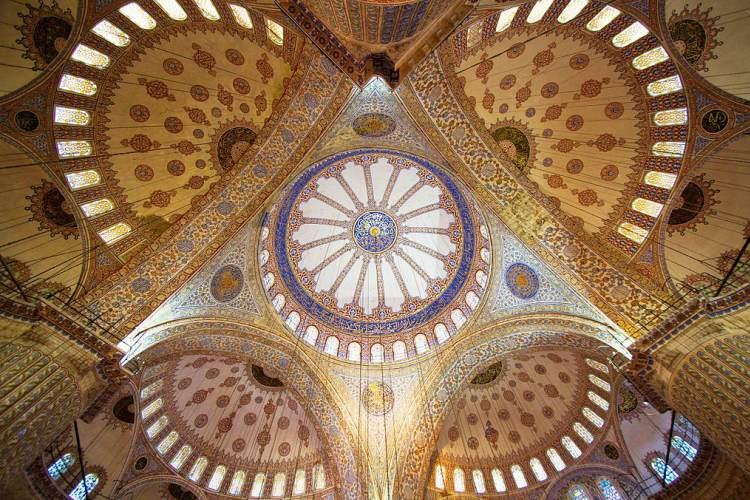13 بنای با شکوه مذهبی جهان