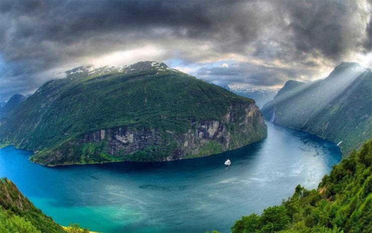 ده آبدره زیبای زمین