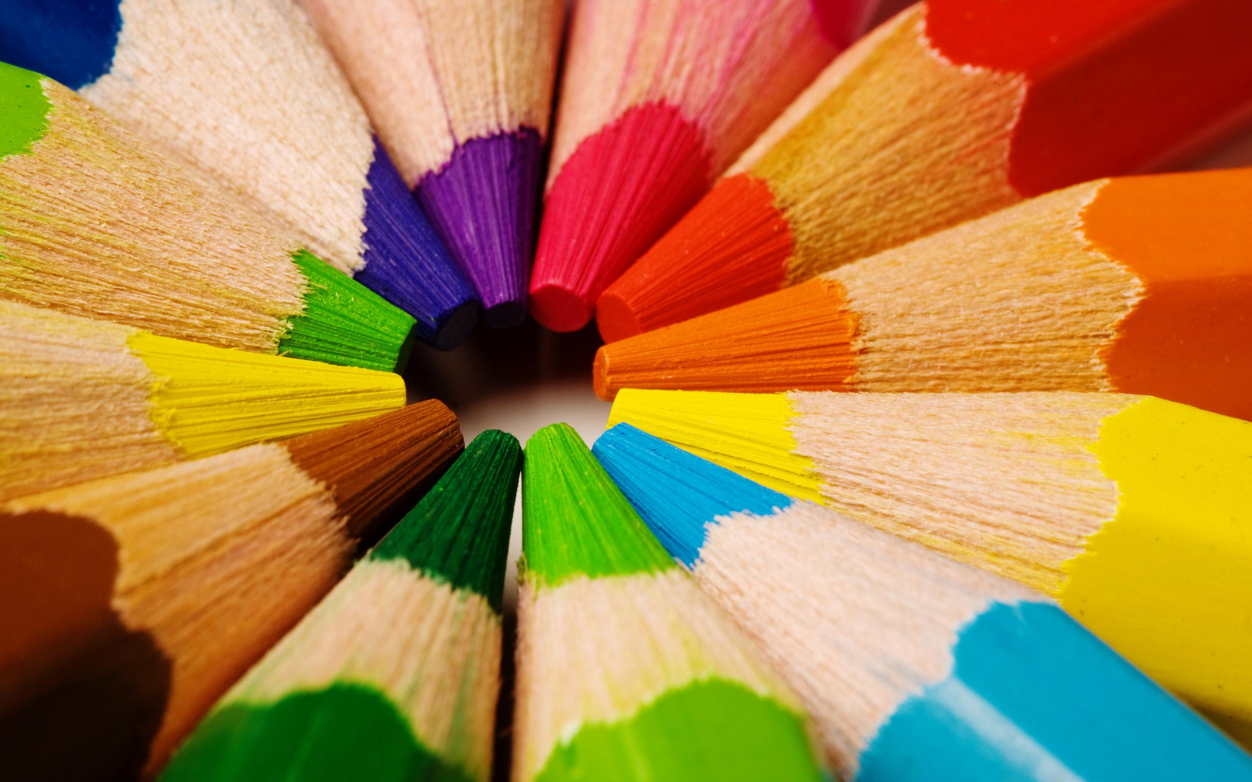 رنگ ها چه حسی را به ما القا می کنند