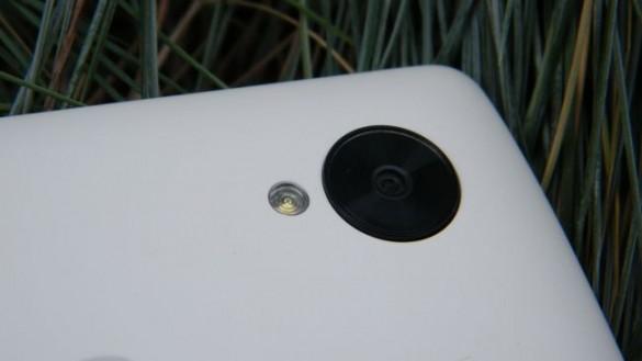نکسوس 5 در برابر نکسوس 5 ایکس: تفاوت در دوربین و سیستمعامل