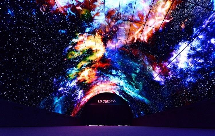 در تونل جادویی OLED الجی زمان میایستد