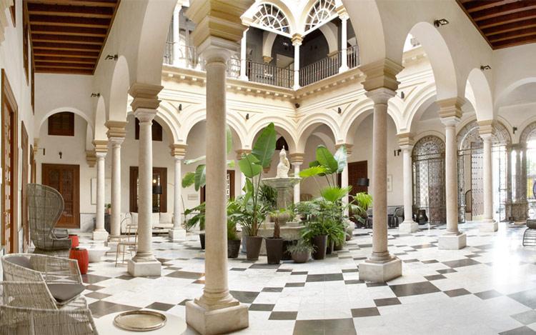 قصرهایی که به هتل تبدیل شدند