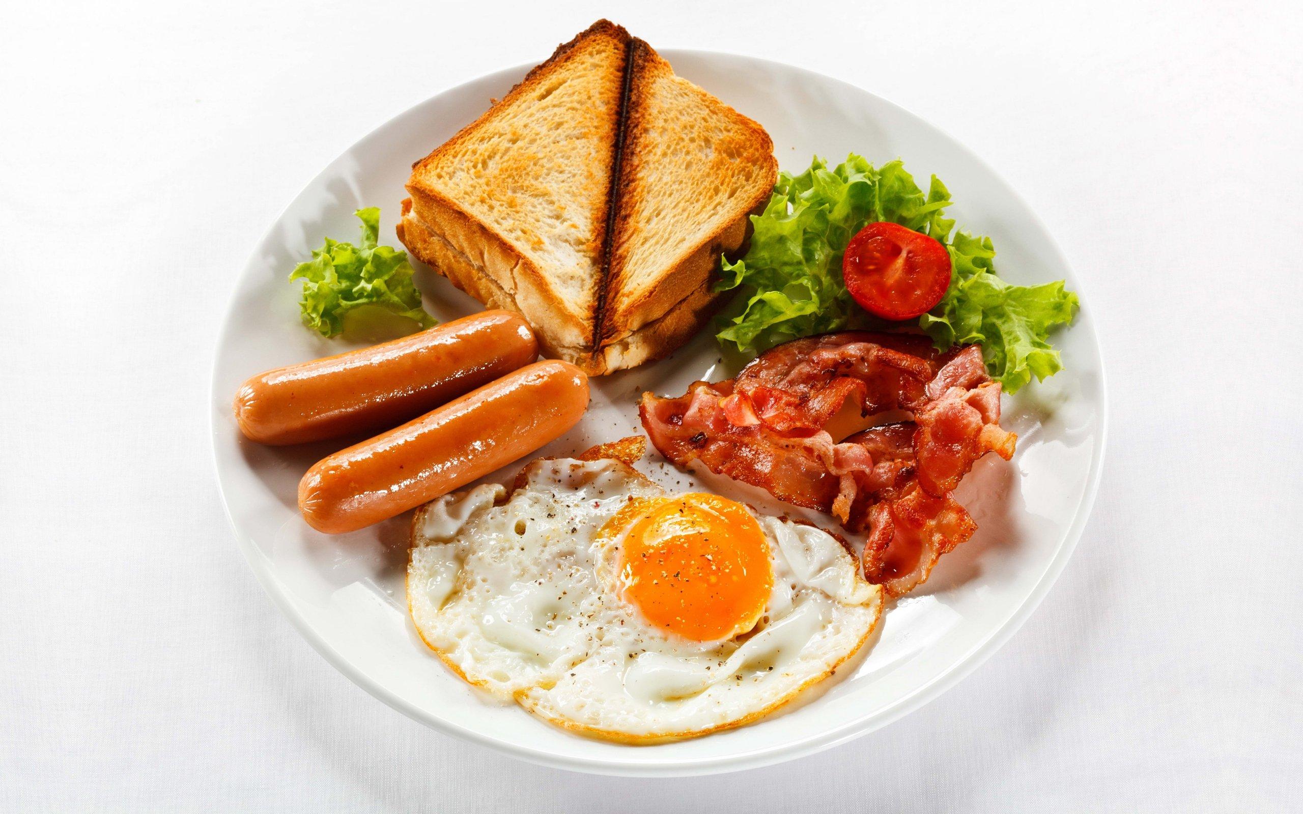 با سوسیس و تخم مرغ و شکلات لاغر شوید!