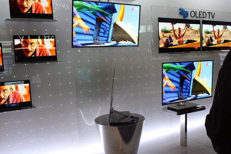 الجی تکنولوژی روز نمایشگرهای OLED را به ایرانیان عرضه میکند