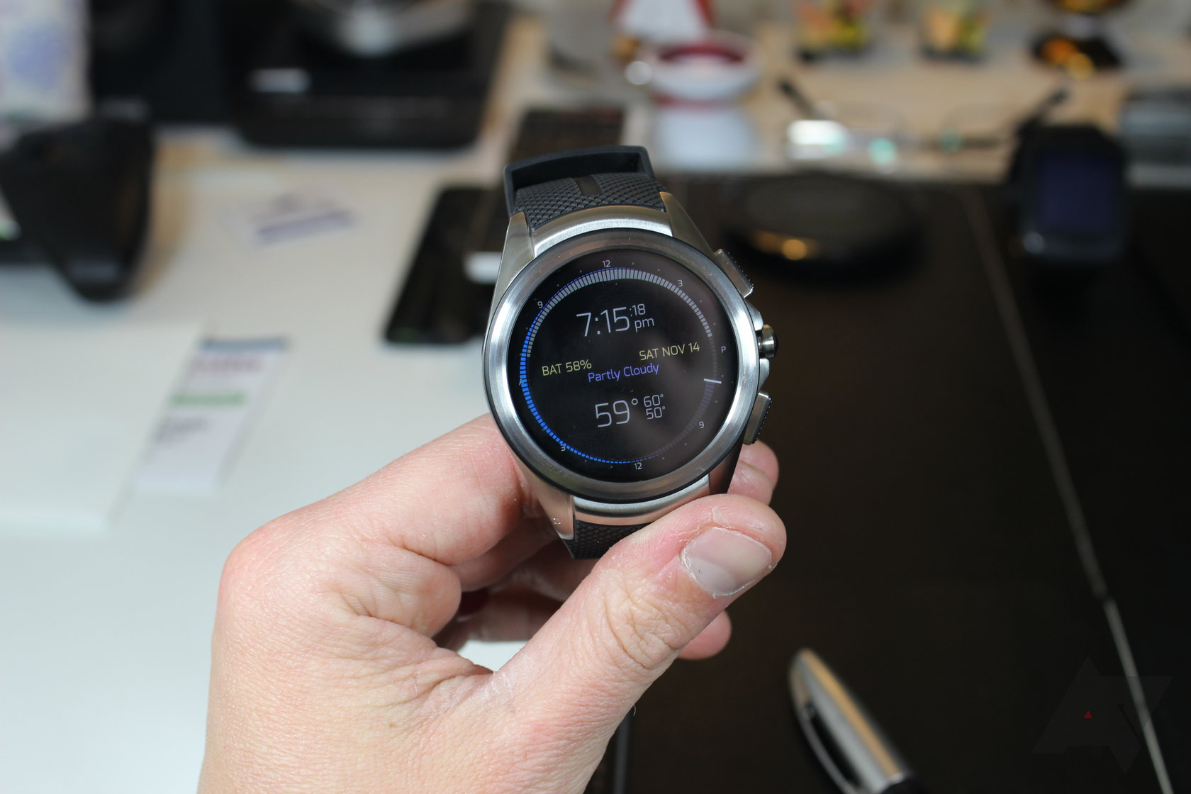 بررسی اولیه ساعت  LG Watch Urbane 2 LTE