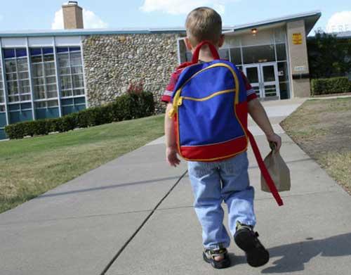 اولین روز مدرسه در کشورهای مختلف (گزارش تصویری)